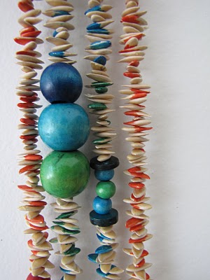 http://thelittletreasures.blogspot.com/2010/09/melon-necklaces-organic-jewelery.html